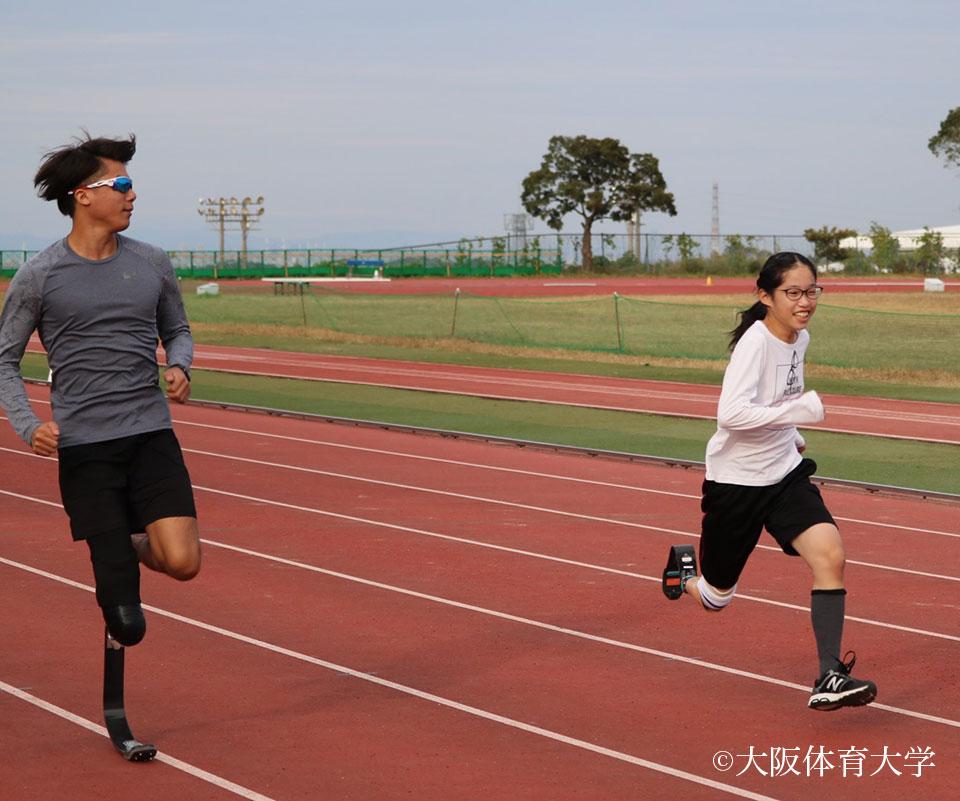 板バネ初心者も最後は思い切り100メートルを走るまでに
