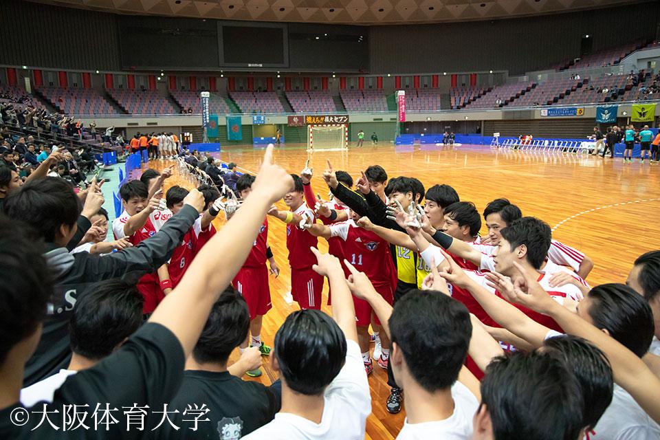 女子同様、男子もチームが一丸となり「優勝」に向かい心をひとつにする