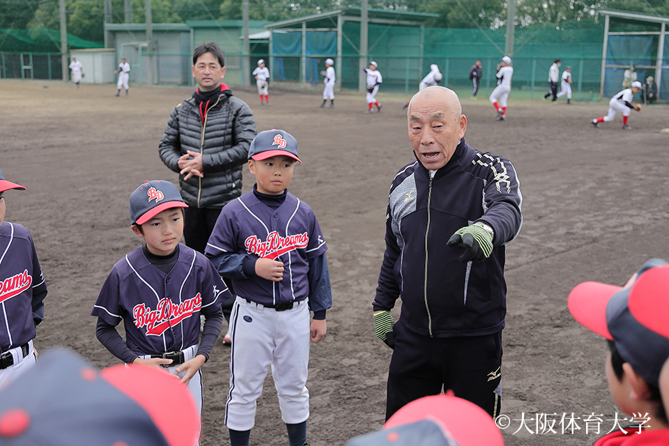 硬式野球部OB会・藤瀬史朗会長